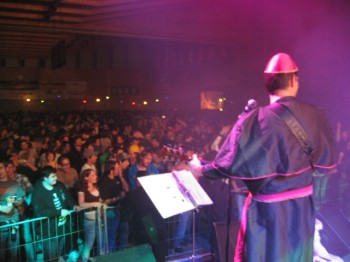 1'200 leute feierten die Tyte Stone Buaba!